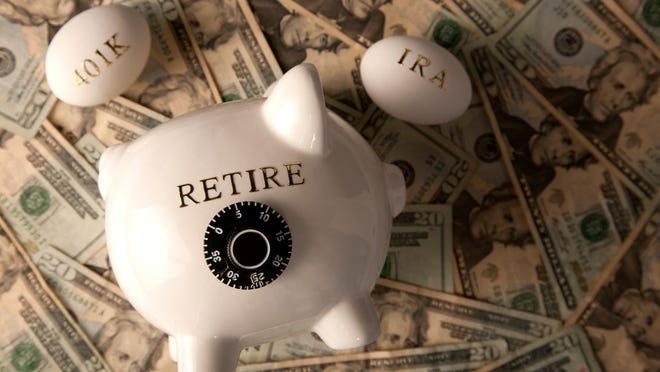 Withdraw money in advance from 401 (K) and IRAs without penalty? Is it a good idea?