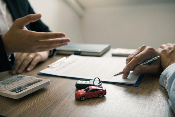 How do you respond to U.S. car accident insurance companies?